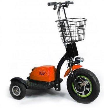 Briski oranje scooter 2017